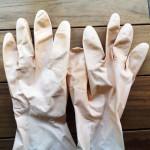 【ゴム手袋】利尻カラーシャンプーと利尻ヘアカラートリートメントを使う時にオススメの道具